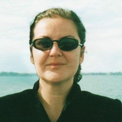 Starting-Point-Author-Elle-Aycart.jpg